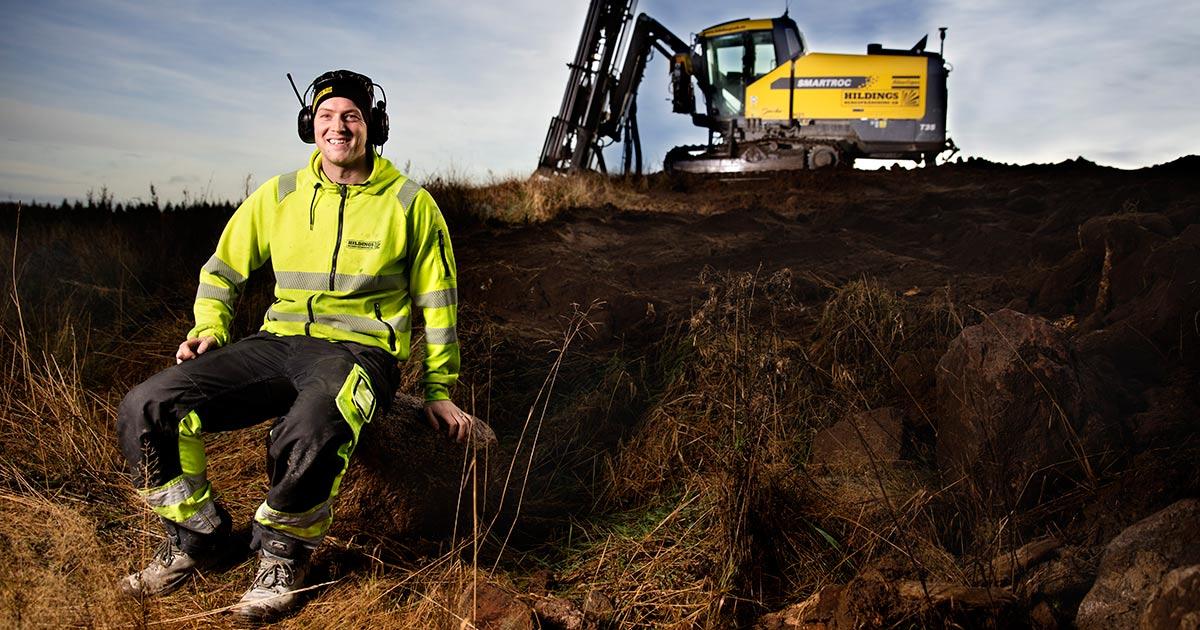 Patrik Ersson på Hildings Sprängtjänst med SmartROC T35