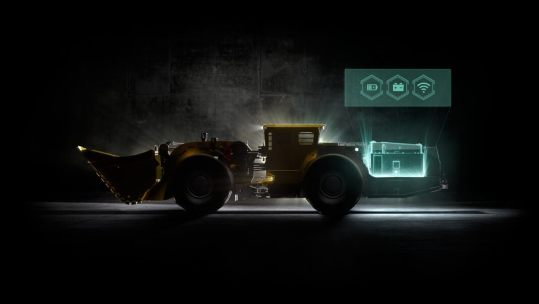 Ebatteridriven klimatsmart gruvmaskin - en gruvlastare ses i profil