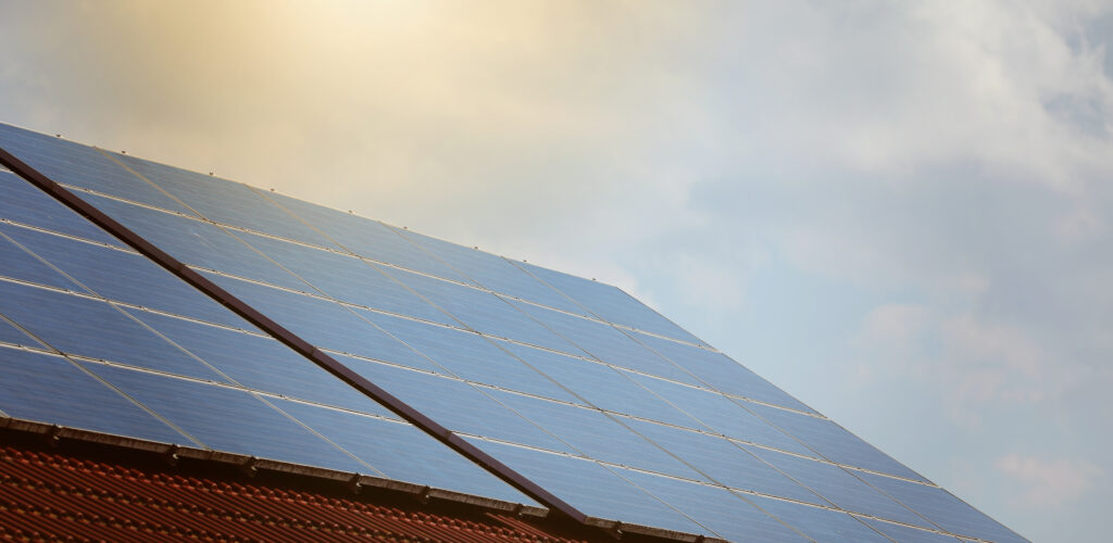 REE används bland annat i tillverkningen av solceller